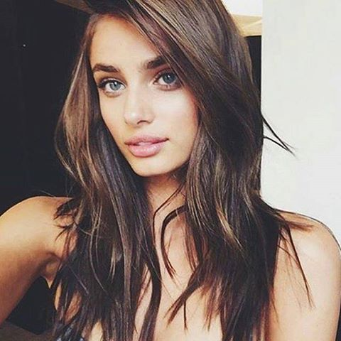 Love this Youngblood makeup look on Victoria's Secret model Taylor Hill by cgonzalezbeauty