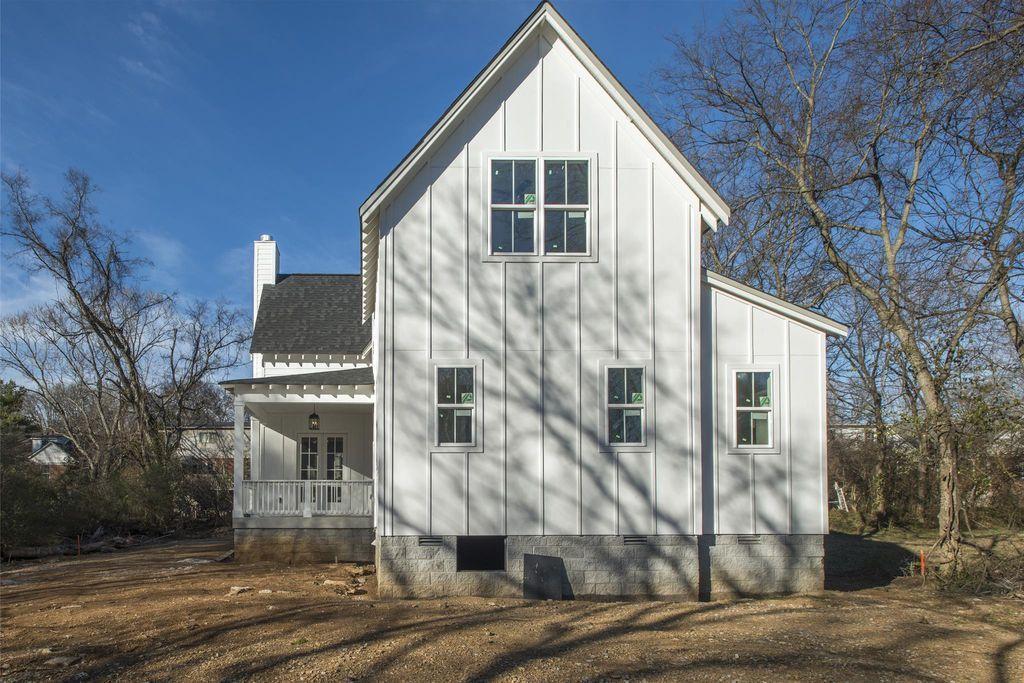 Recently sold 140,000. 320 Peachtree St, Nashville, TN