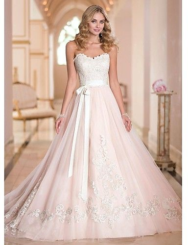 A-line Petite / Plus Sizes Wedding Dress Court Train Sweetheart Tulle
