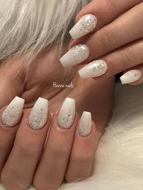 So Cute Short Acrylic Nails Ideas You Will Love Them Short Acrylic Nails White Gel Nails Glitter Gel Nails