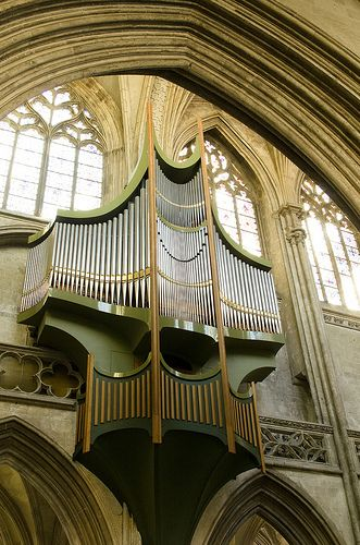 L'orgue à l'église Saint-Pierre, Caen