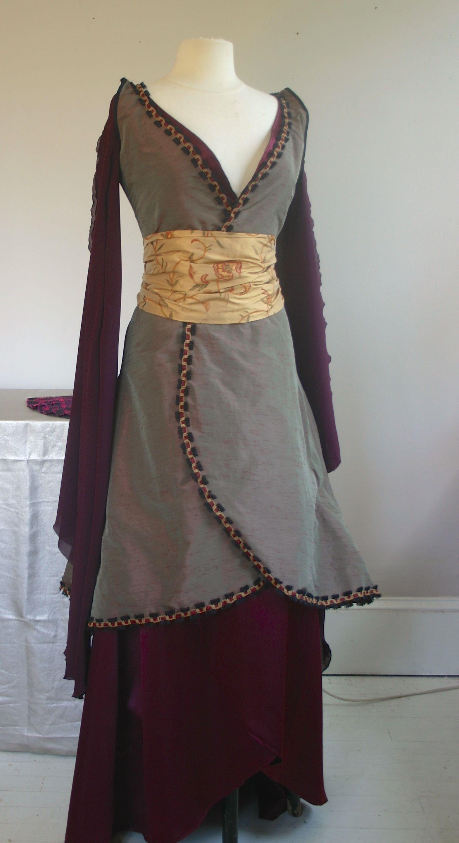 Inara's dress