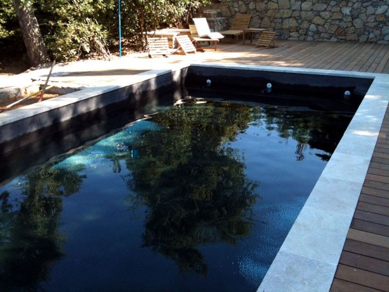 piscine noire pool pinterest piscines revetement et le var. Black Bedroom Furniture Sets. Home Design Ideas
