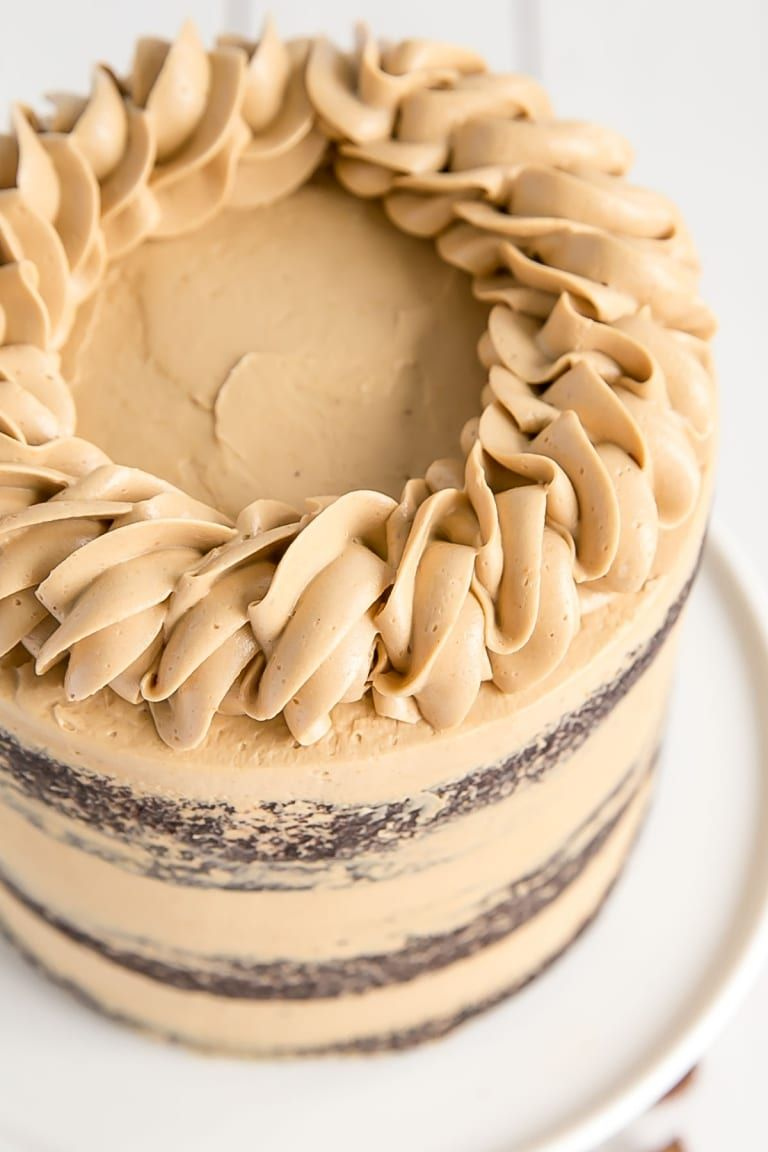 Chocolate Cake With Peanut Butter Frosting Decorative Rope Border