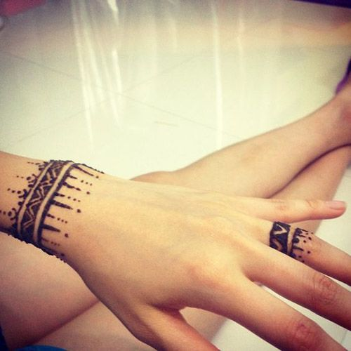 85 easy and simple henna designs ideas that you can do by yourself 85 easy and simple henna designs ideas that you can do by yourself solutioingenieria Images