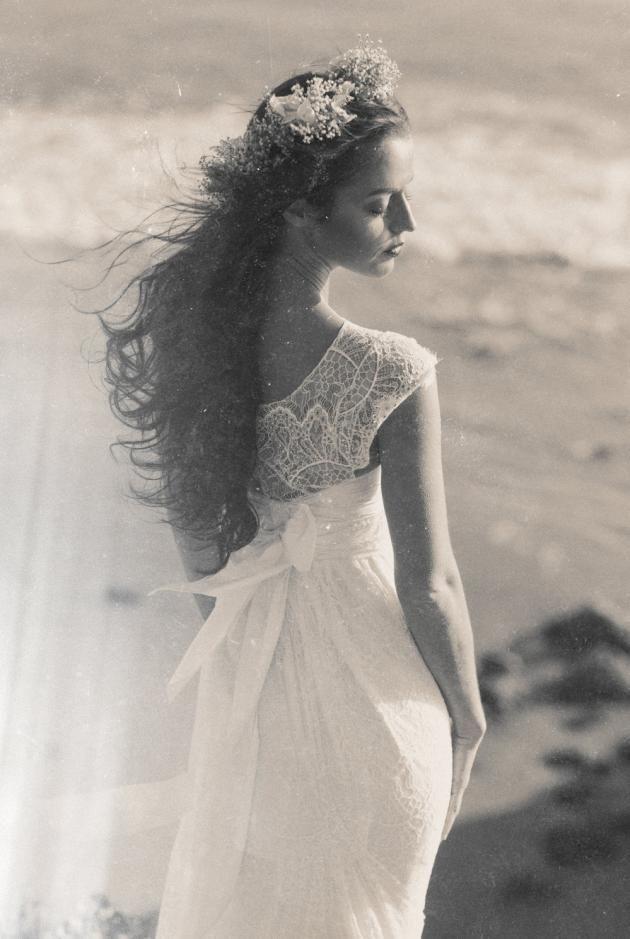 Anna Campbell - Worldwide Sensation   WHITE Magazine