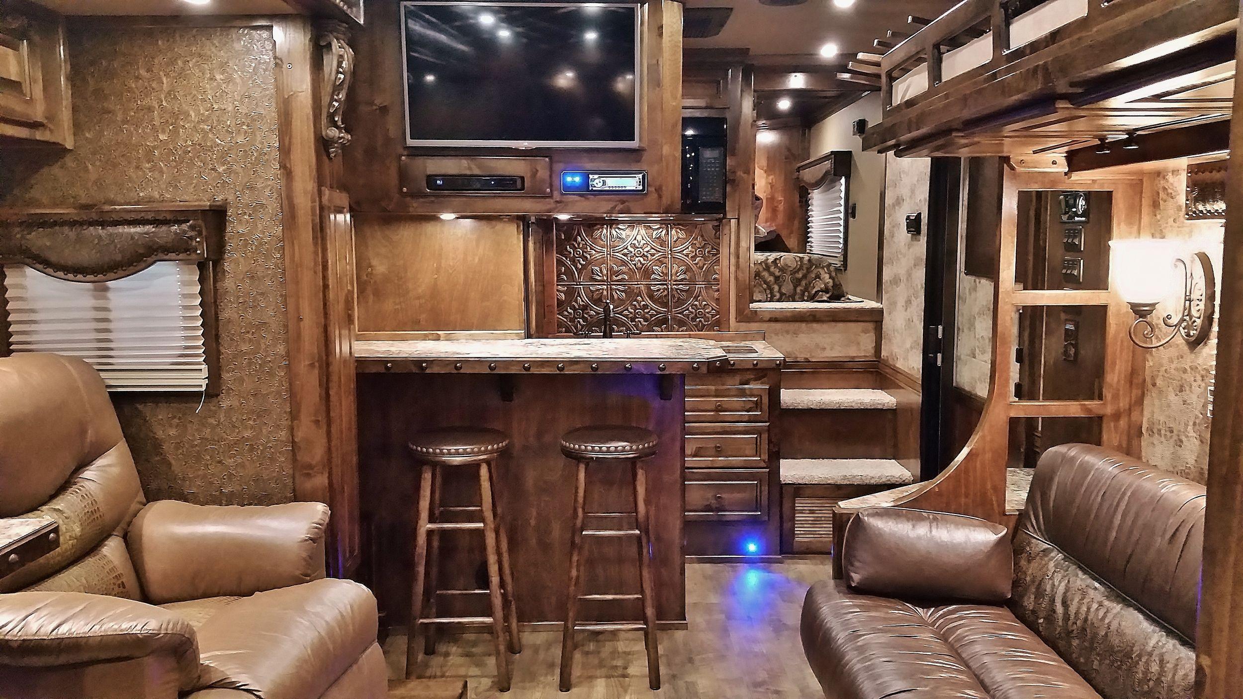 Horse trailer living quarters trailer living horse trailer