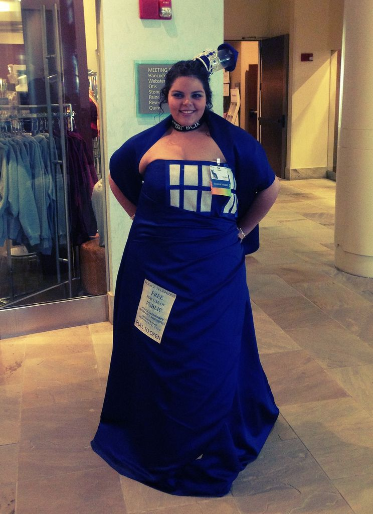 This Brilliant TARDIS Dress Is Actually Bigger On The Inside  sc 1 st  Pinterest & This Brilliant TARDIS Dress Is Actually Bigger On The Inside ...