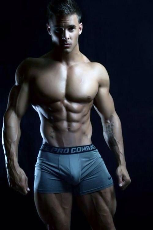 Logan Franklin | Eye Candy | Pinterest | Hombre musculoso, Cuerpos ...