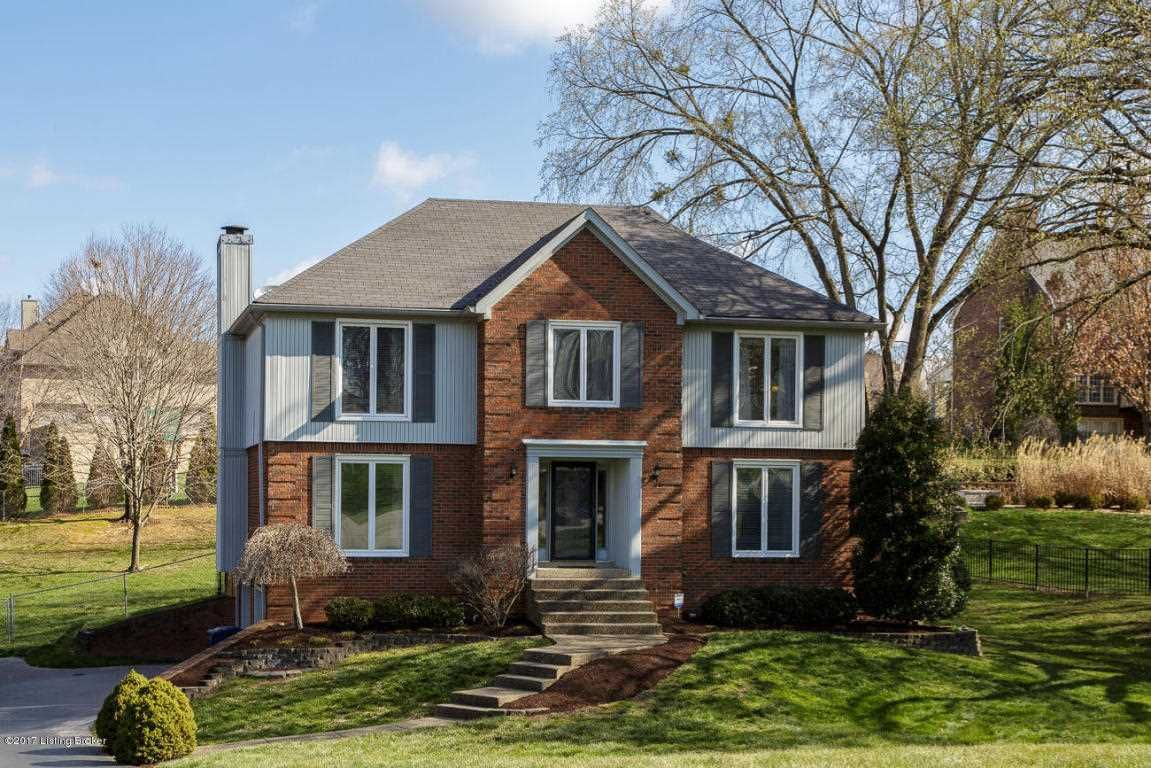 Home for sale at 3503 Locust Ct Prospect, KY 40059 with the MLS #1470119 in the River Bluff Farm subdivision in Oldham County.