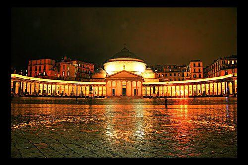 Naples by Night ( Napoli di notte )