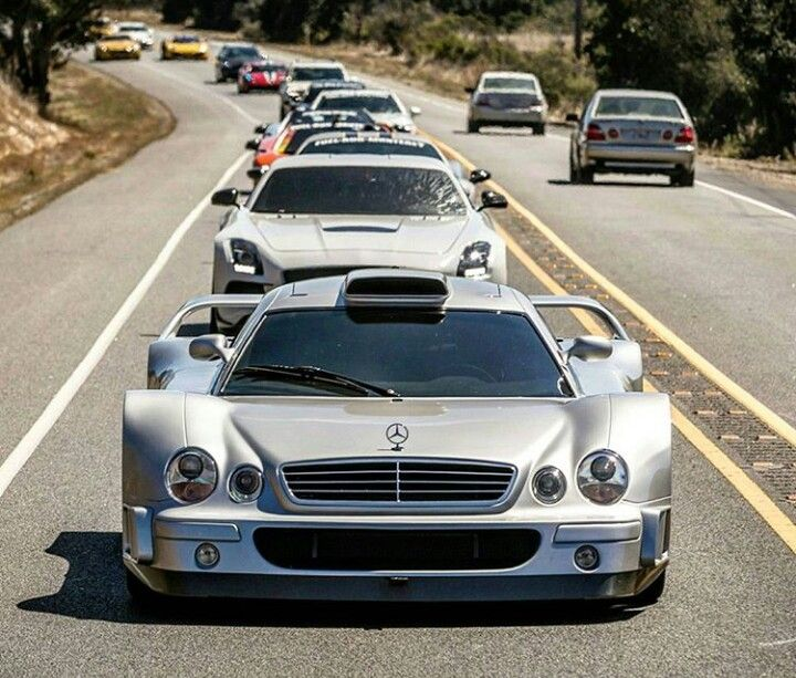 Mercedes CLK GTR leader of the pack
