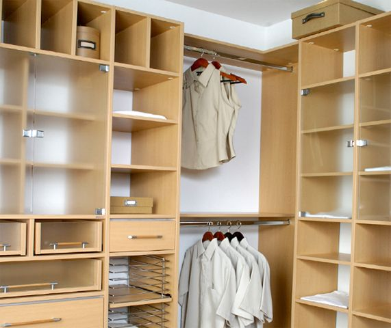 Armadi Closets understands that quality and customer service come first.   #custom_closets_miami  http://www.armadiclosets.com/custom-closet-miami/