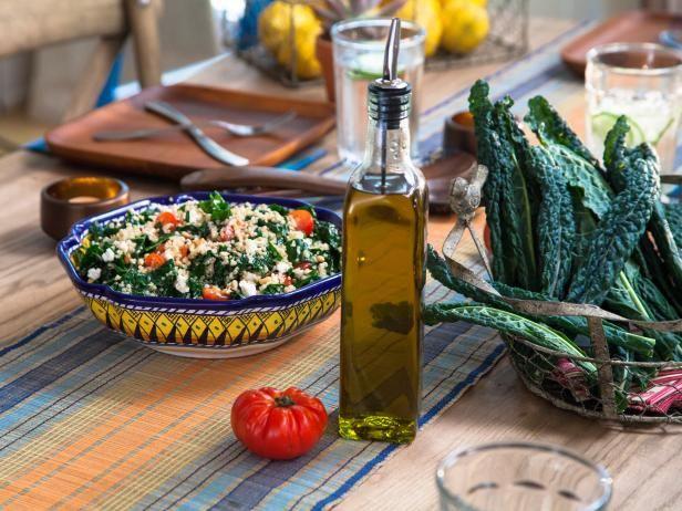 Kale and quinoa salad recipe quinoa salad recipes quinoa get valerie bertinellis kale and quinoa salad recipe from food network forumfinder Images