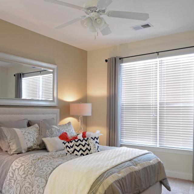 Evergreen Ridge Luxury Apartments On The River: Pin By Century Apartments On Century Afton Ridge