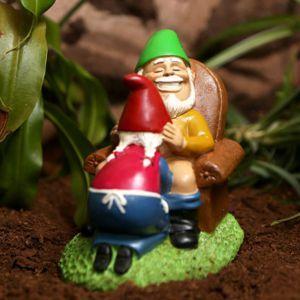 Nain de jardin couple heureux | Nains de jardin | Pinterest ...