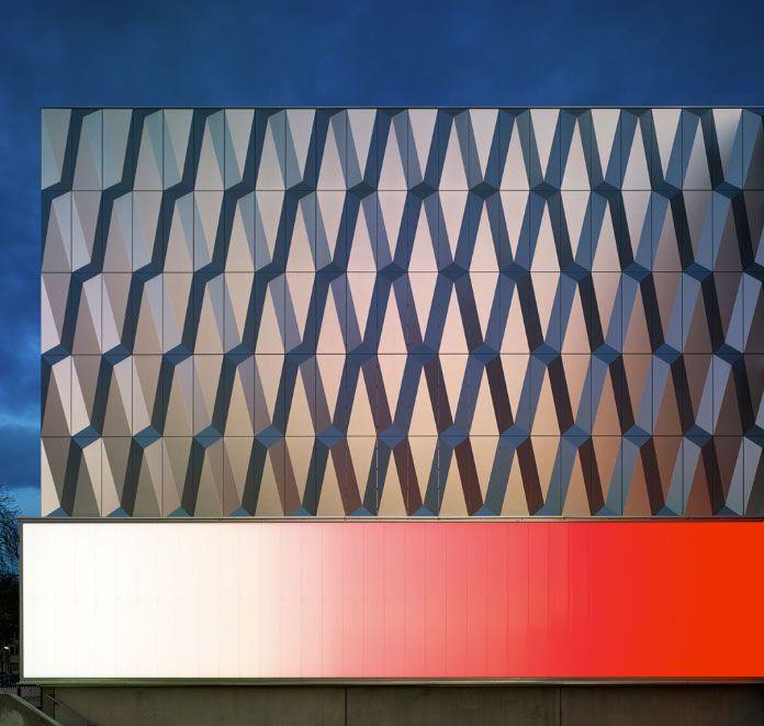 Bauhaus Berlin Halensee bauhaus berlin muller reimann architekten alucobond plus brilliant
