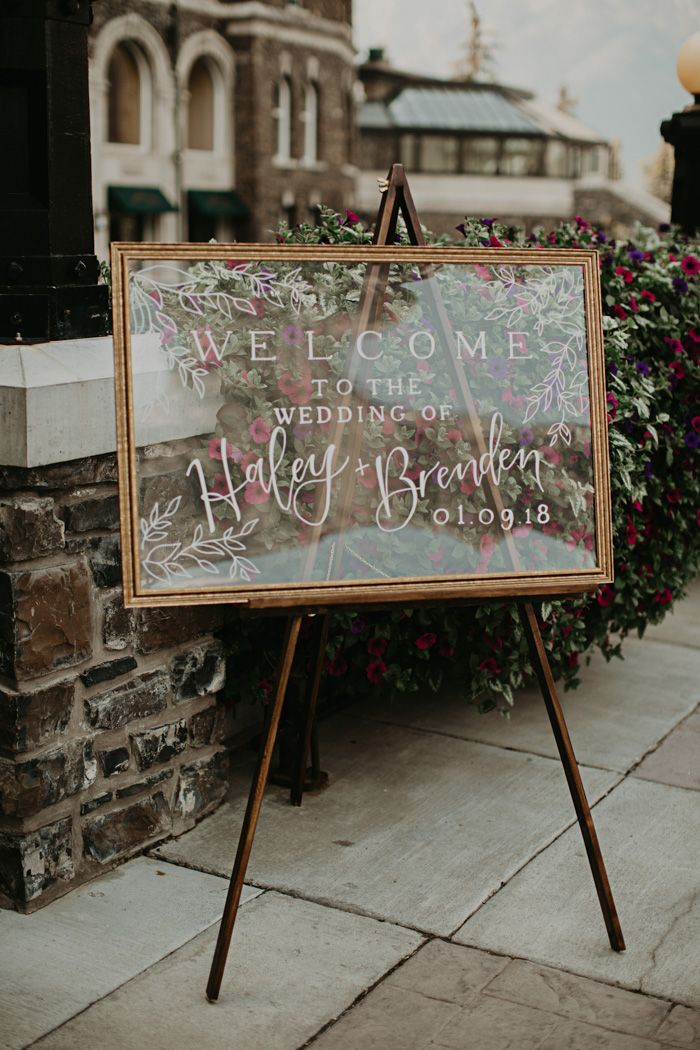 This Fairmont Banff Springs Wedding is Equal Parts Elegant
