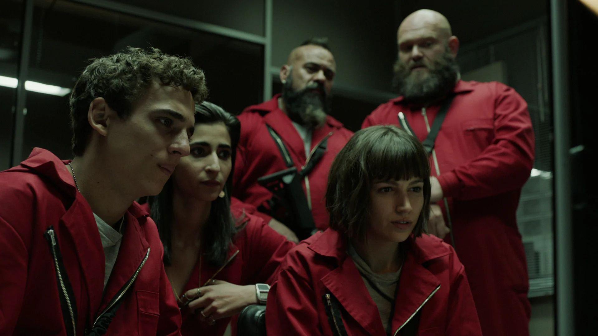 La Casa De Papel Money Heist Sezonul 1 Online Hd Netflix Watch Tv Shows Movies To Watch