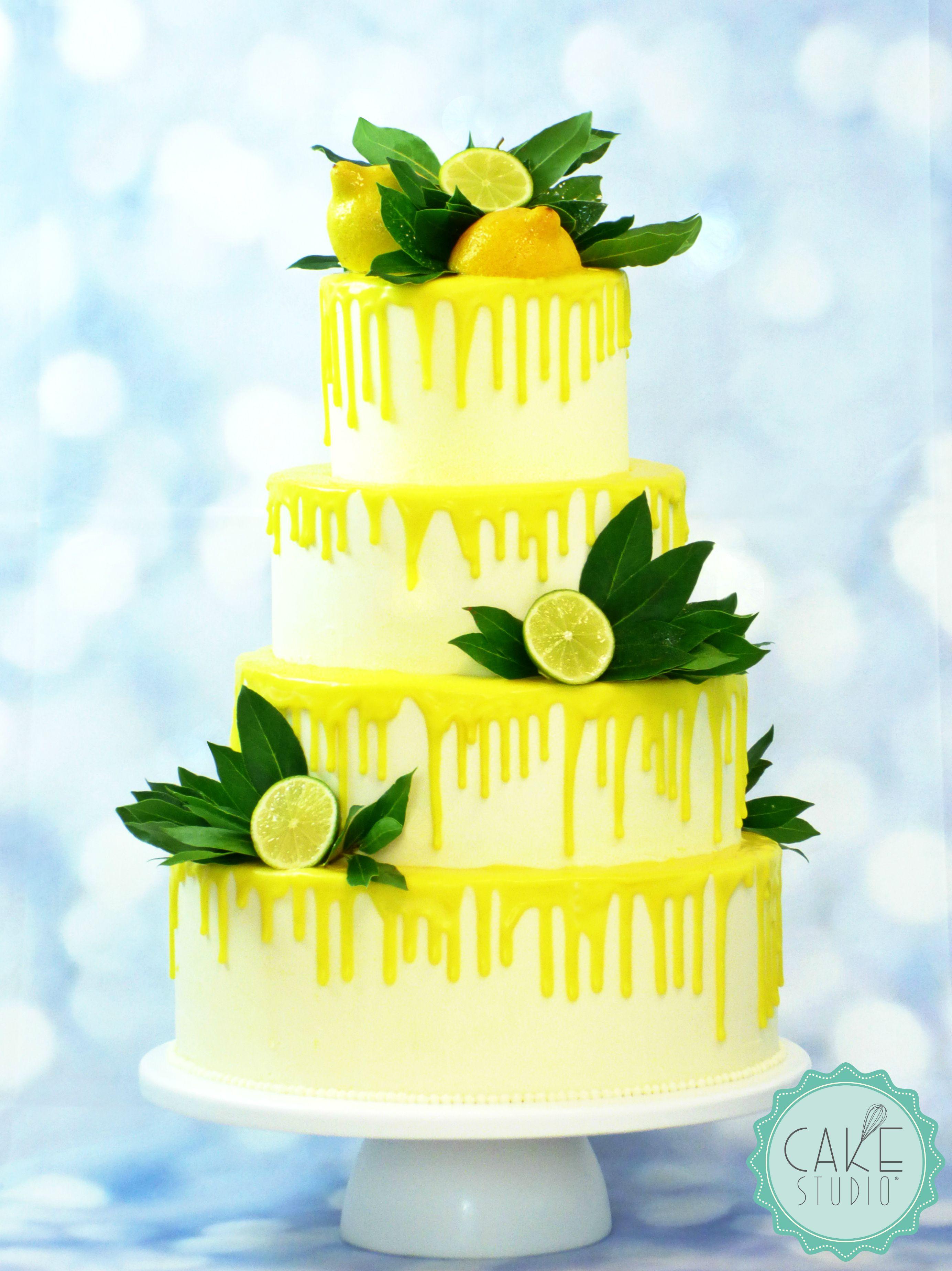 wedding cake con dripping di cioccolato bianco al limone