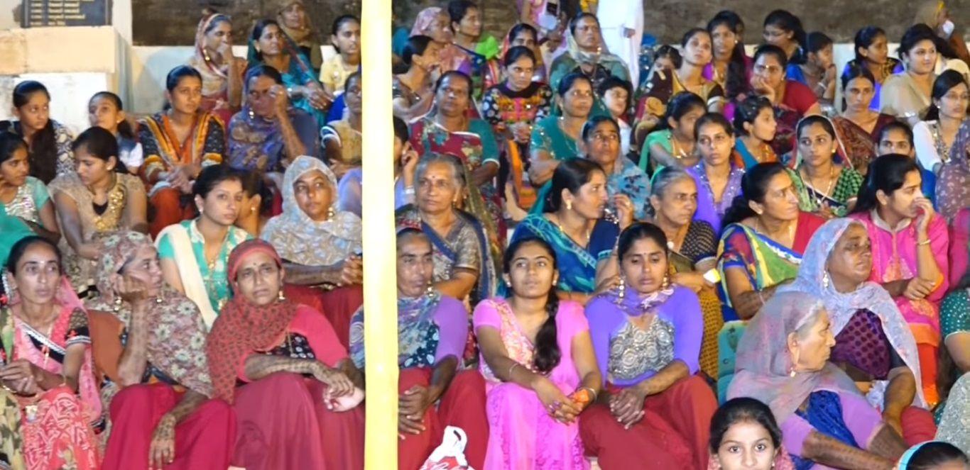 Gujarati people - Gujarat, India | India, Indian people ...