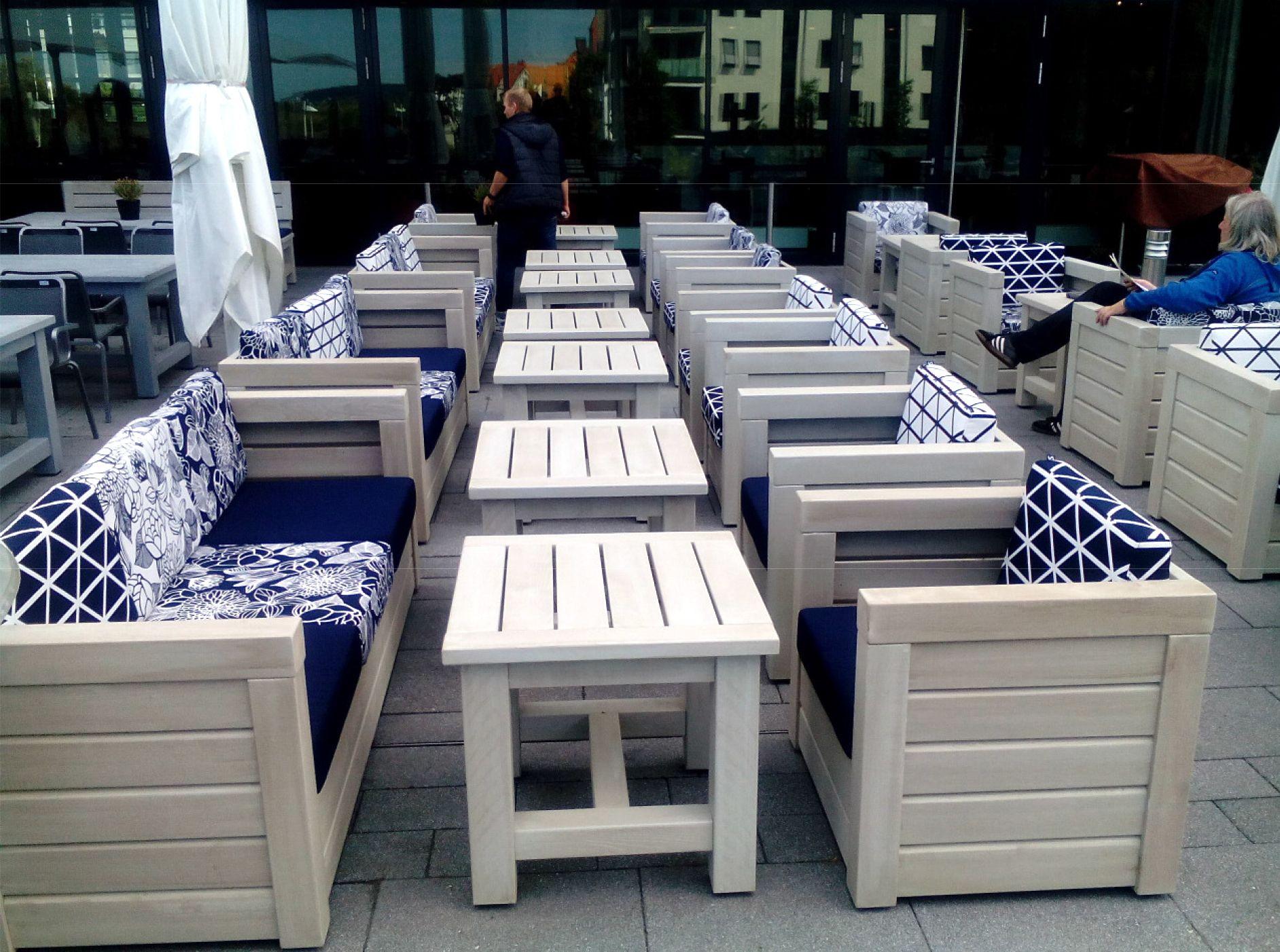 Terrassenmöbel Zum Wohlfühlen Die Zu Einem Langen Sommerabend Unter