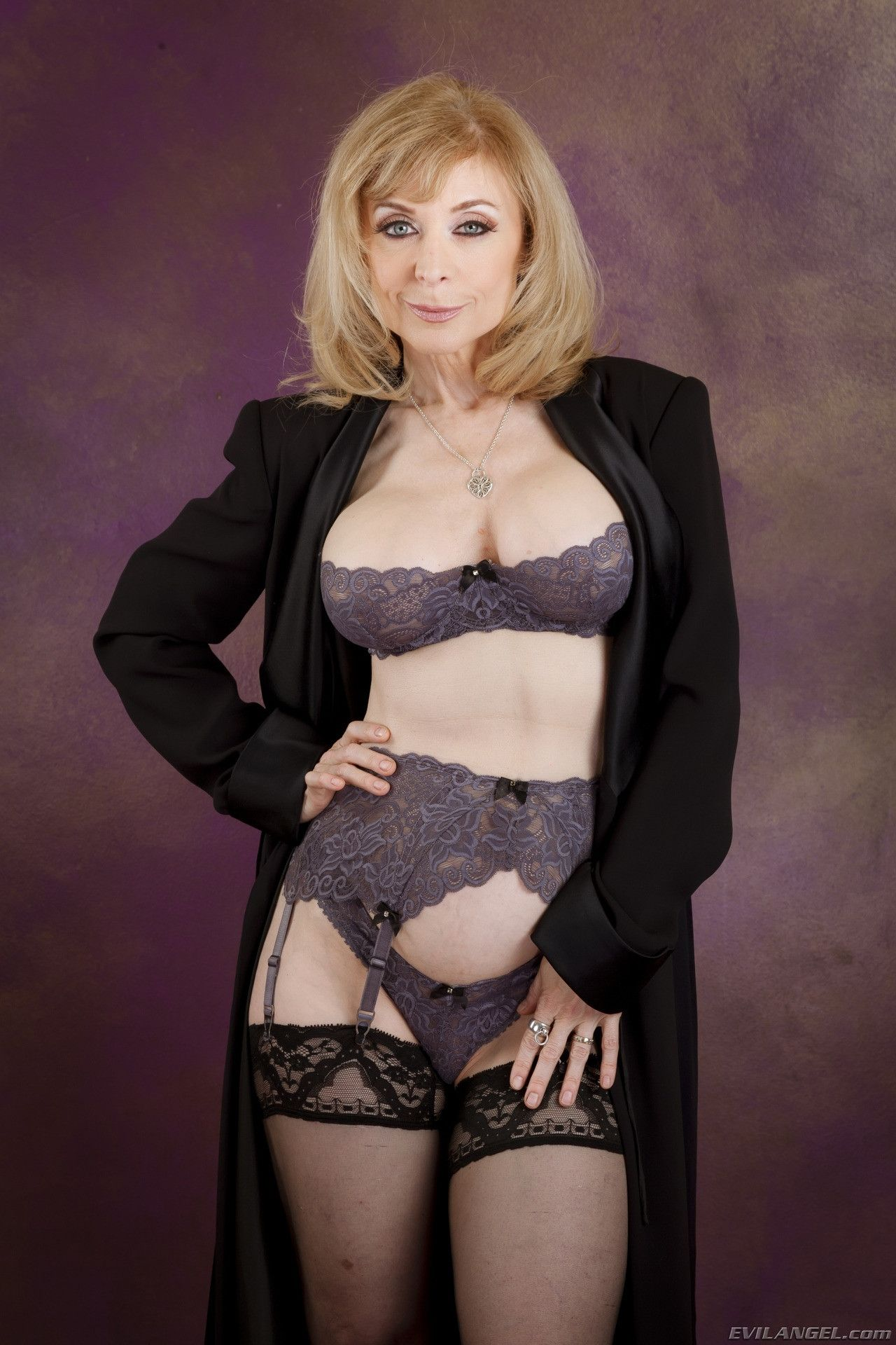 Nina Hartley Porno Bilder