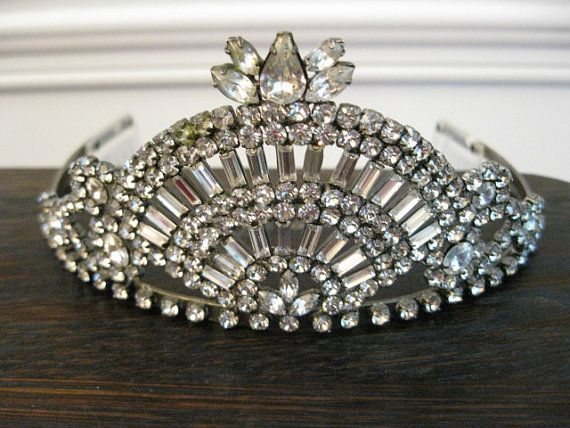 NEED IT. FREE SHIPPING - Vintage Stunning Silver  Rhinestone Crown Tiara with Side Combs  - Great for Weddings or Holiday Glamour