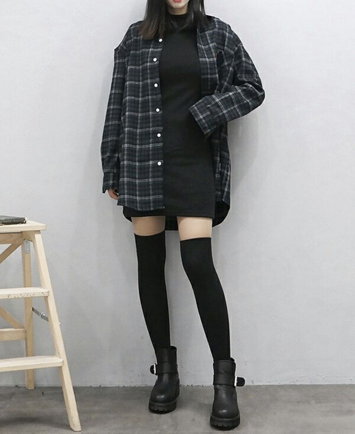 Korean flannel outfits  Pin by Madeleine Asselin on fashion  Pinterest  Clothes Korean