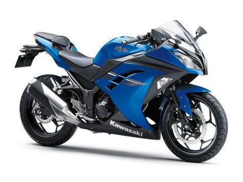 Tampilan Terbaru Kawasaki Ninja 250 Fi 2017 Dengan Gambar