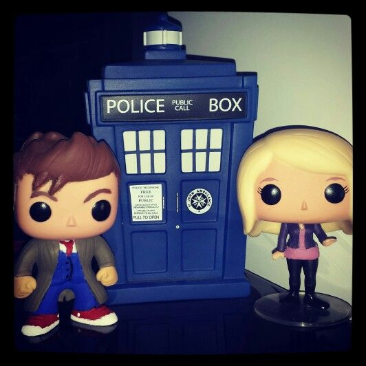 Custom 10th Doctor And Rose Tyler Pops By Michaelrdr16 Rose Tyler Doctor Who Funko