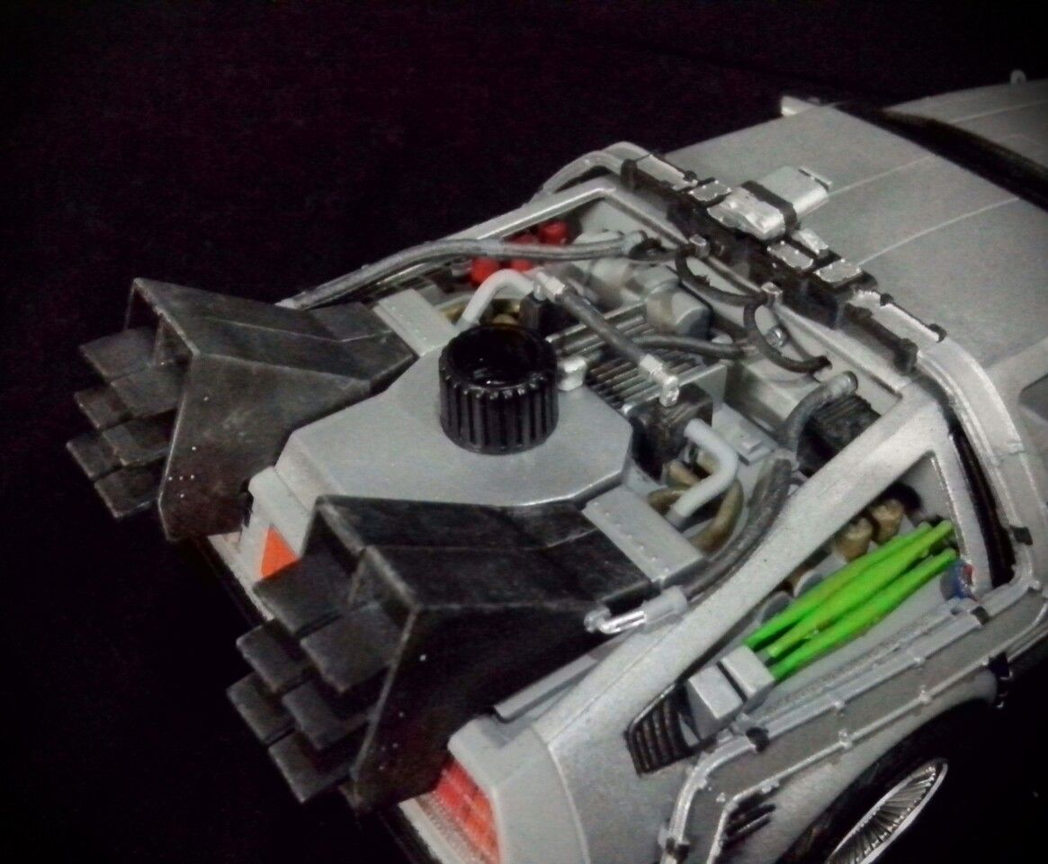 1 24 Model Kit From Aoshima Delorean Featured In Back To The