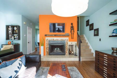 Check Out This Awesome Listing On Airbnb Nerdy Chic 2bd In Downtown
