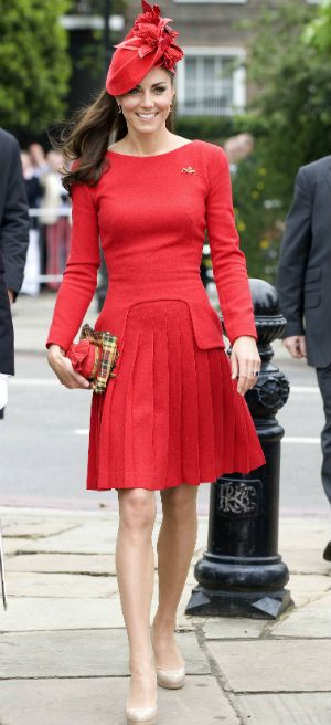 Kate Middleton looking stunning in Alexander McQueen at Queen s DIamond  Jubilee 1a59571b2