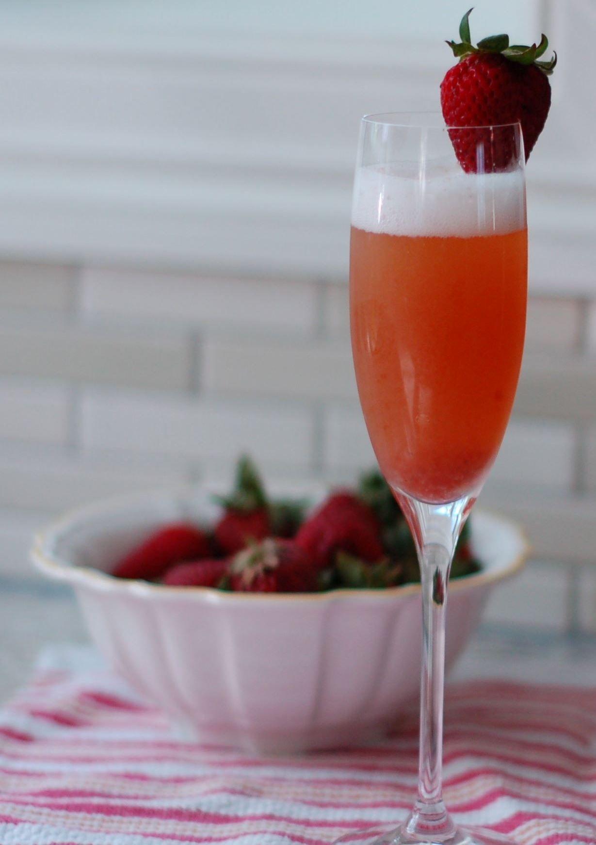 Mimosa De Fresa Receta Receta De Mimosa Cocteles Con Champagne Tragos Refrescantes