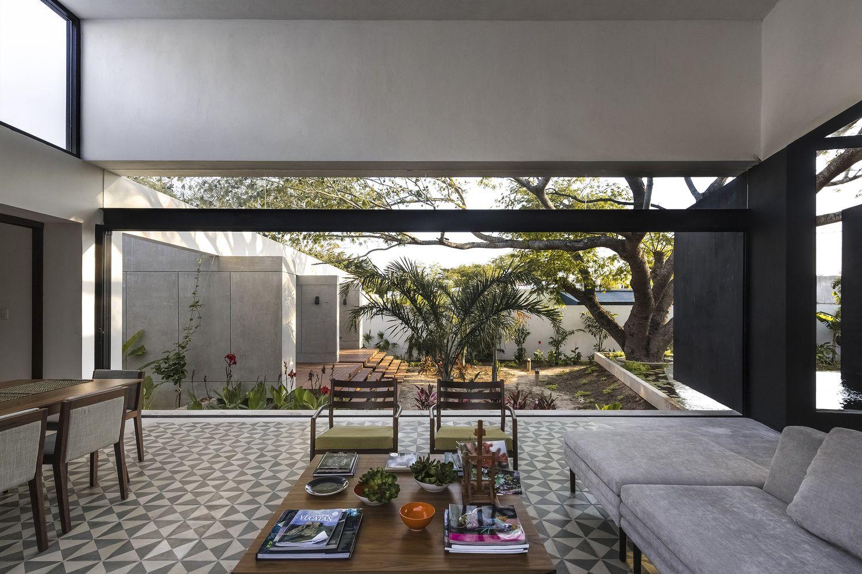 Galeria De Casa Del Arbol As Arquitectura 2 Best Interior Design Websites Interior Design Styles Best Home Interior Design