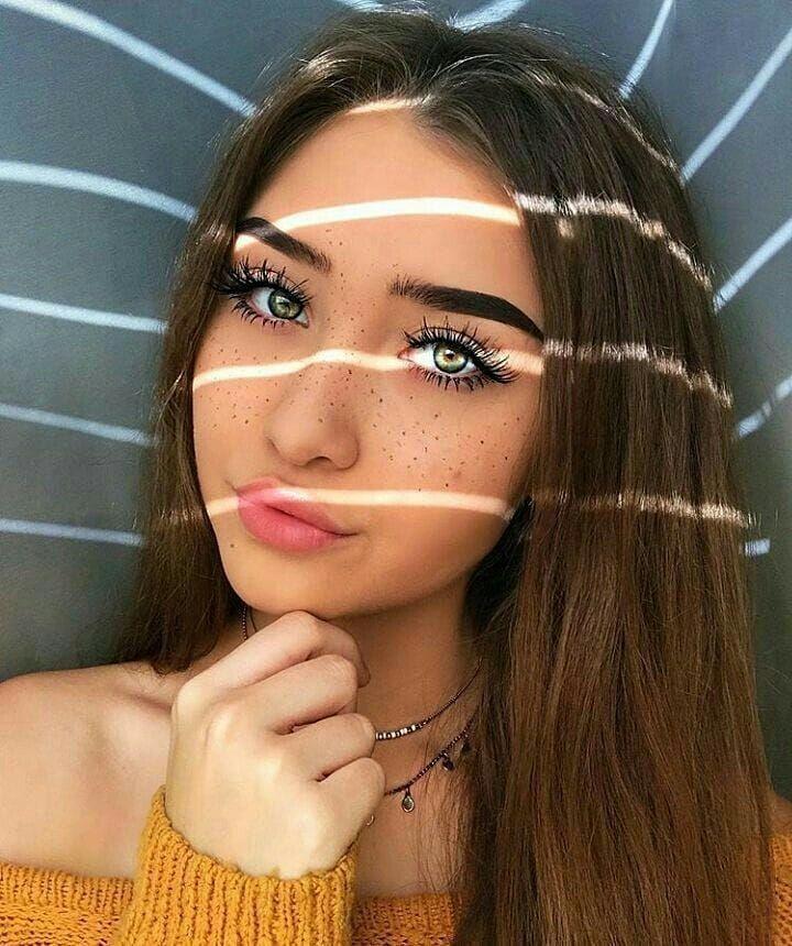 Pretty Girl Aesthetic Selfie