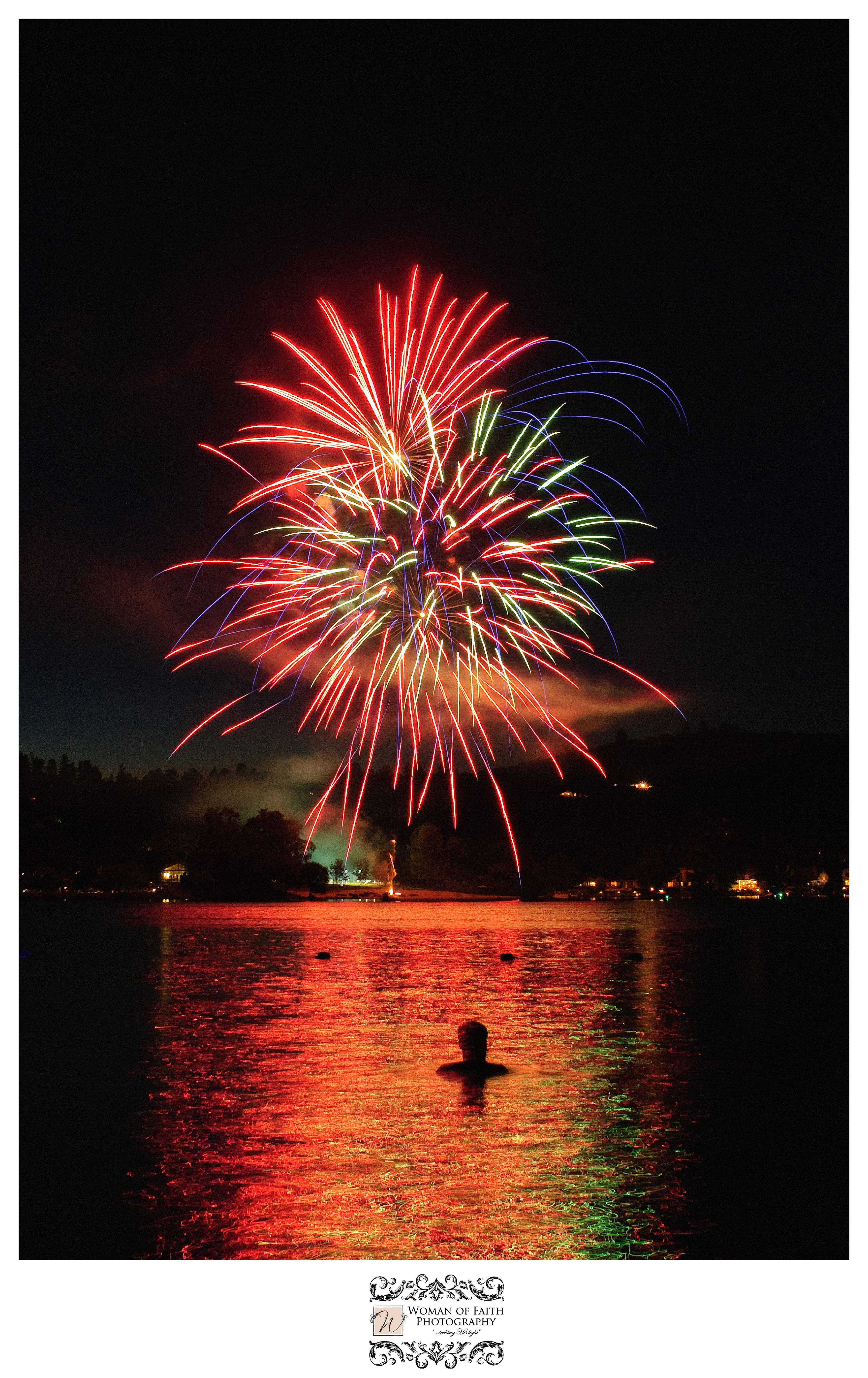 Lake Wildwood Christmas Lights 2020 Lake Wildwood fireworks | California travel, Lake, Grass valley