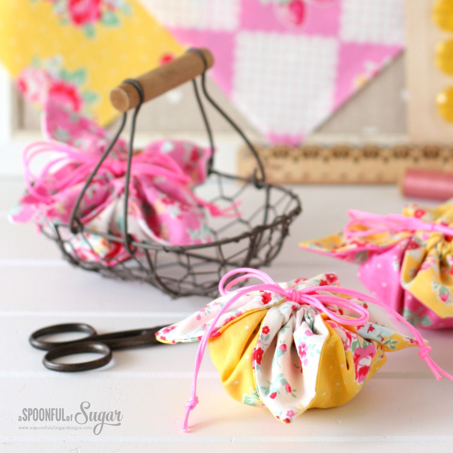 Uncategorized Wrap A Sweet flower sugar pouches are fast to construct using our easy free sewing tutorial and are