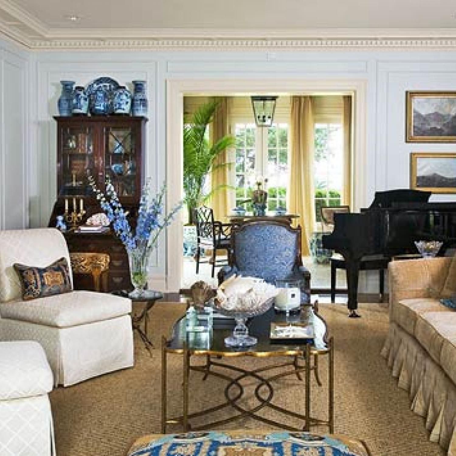 Beautiful Home Living Rooms: Pretty Color For An Architectural Classic