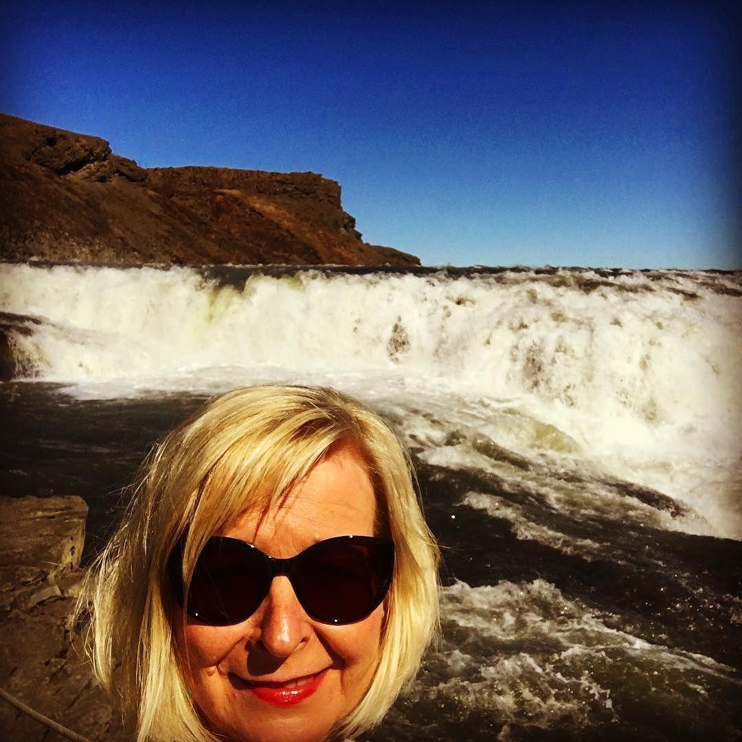 Putous ja minä #selfie #iceland #futuremarja #islanti #ilovemyjob #yrittäjät #keravanyrittäjät