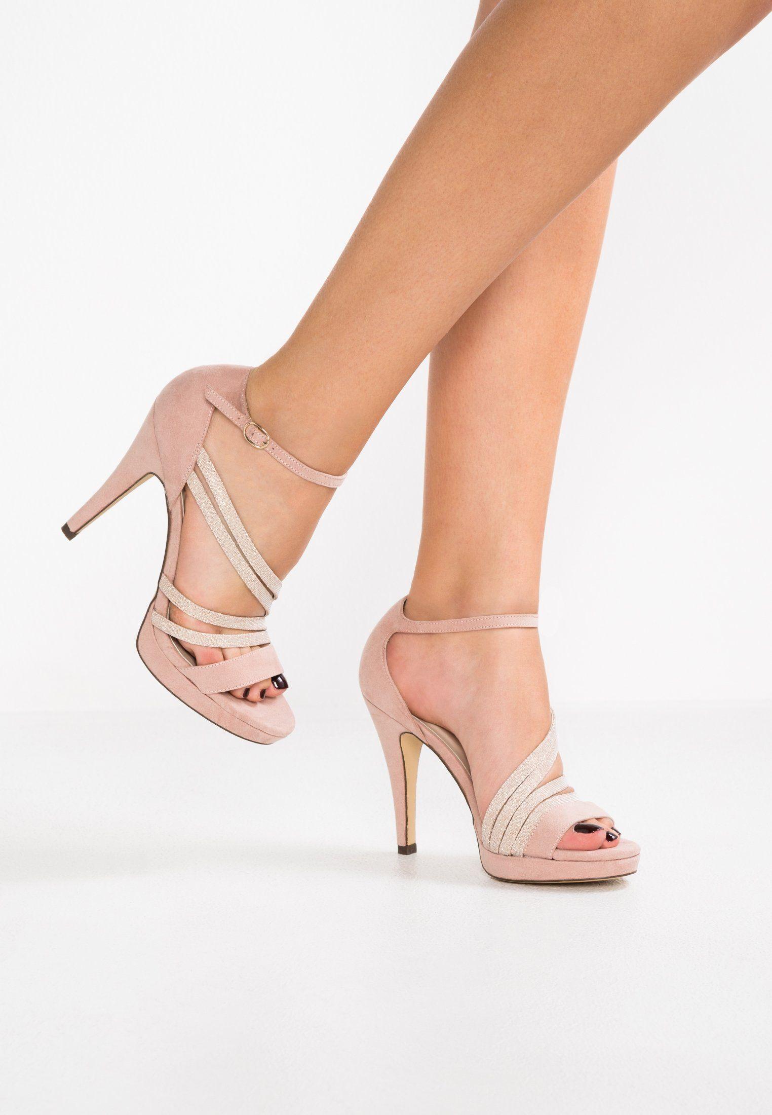 Pin en Zapatos tejidos