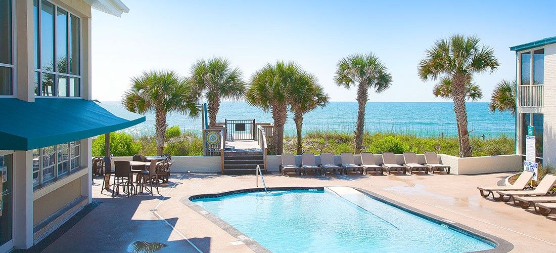 The Oceanfront Litchfield Inn Is Located In Heart Of Pawleys Island Featuring 2 Pools A Cabana Beach Bar And Two Restaurants