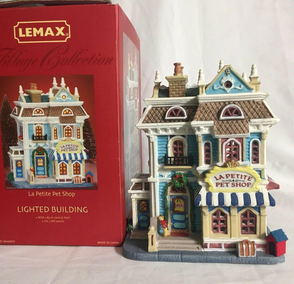 Lemax Village Collection La Petite Pet Shop 2006 LIghted