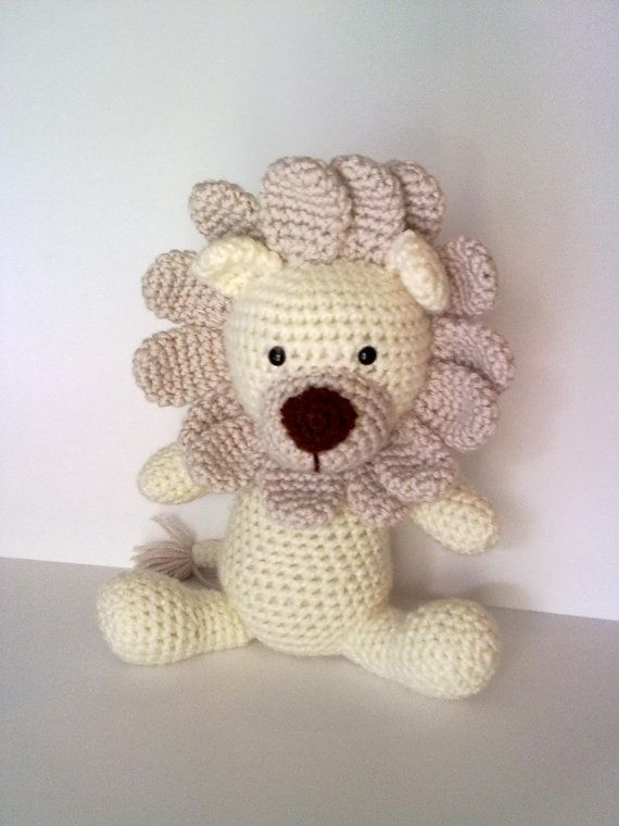 Rory the Lion Crochet Pattern | Leo y Cosas