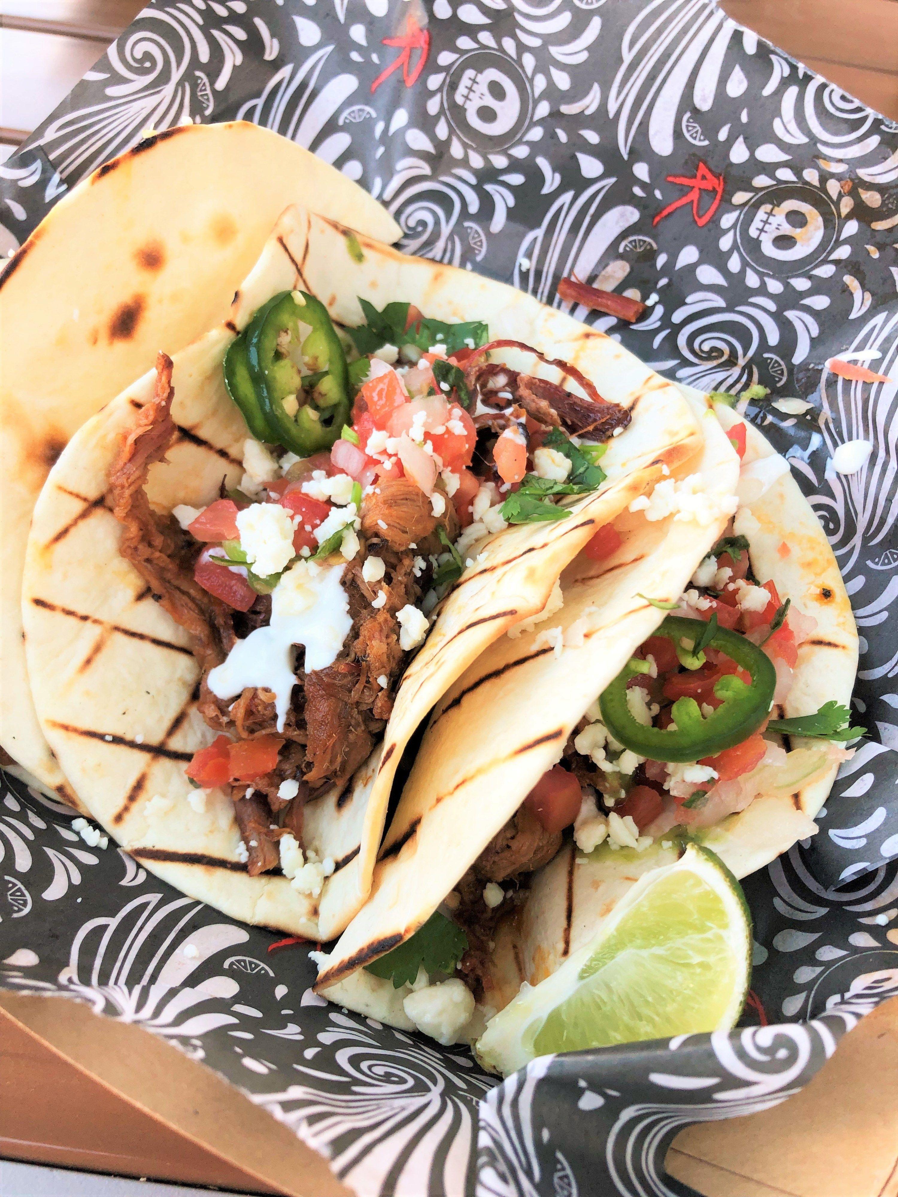 4r cantina food truck at disney springs review food