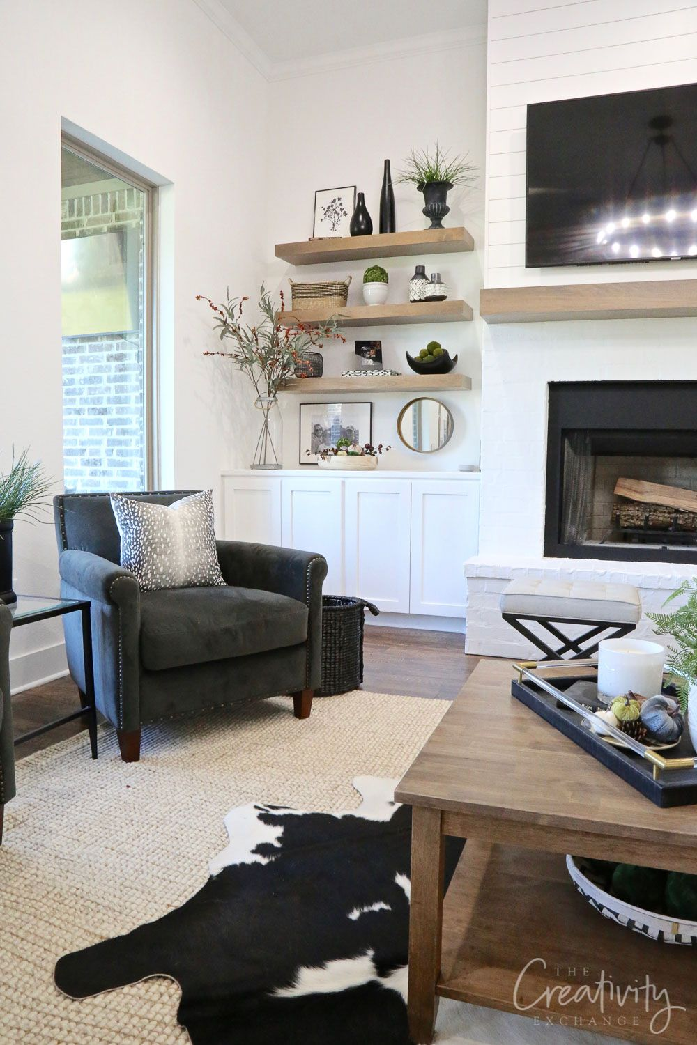 5 Minute Fall Styling Tips And Tricks Basement Furniture Living