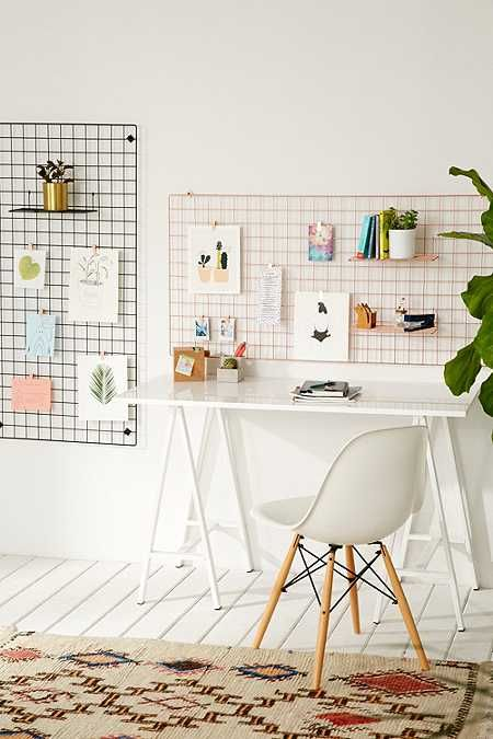 Wire Wall Square Grid #dormroomideas