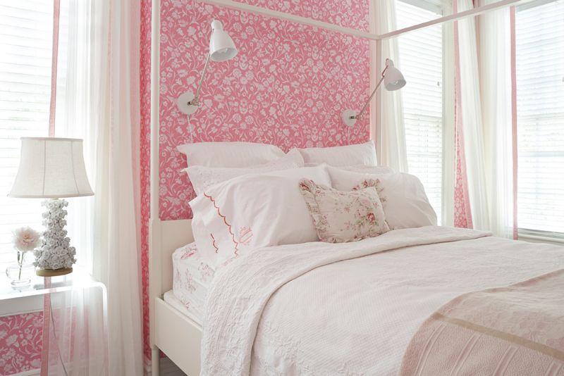 outra ideia de quarto mais maduro branco e rosa, pra nossa filha.