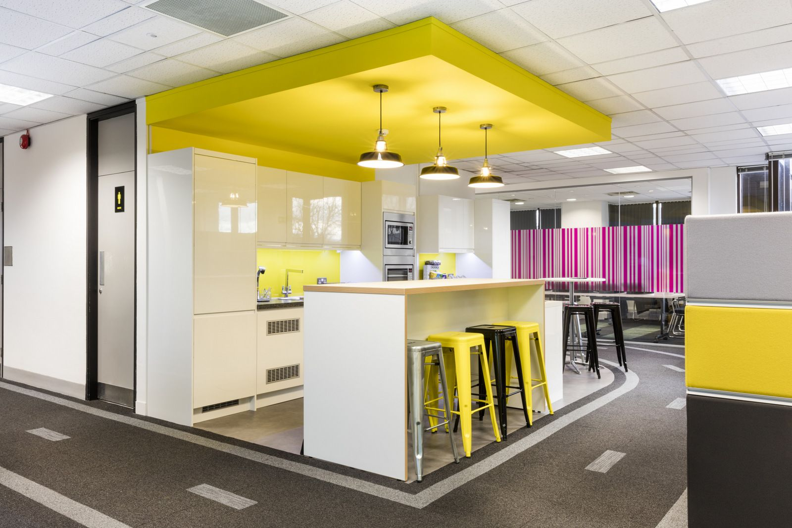 Office Tour: Kantar Worldpanel Offices – London | Pantry, Modern ...